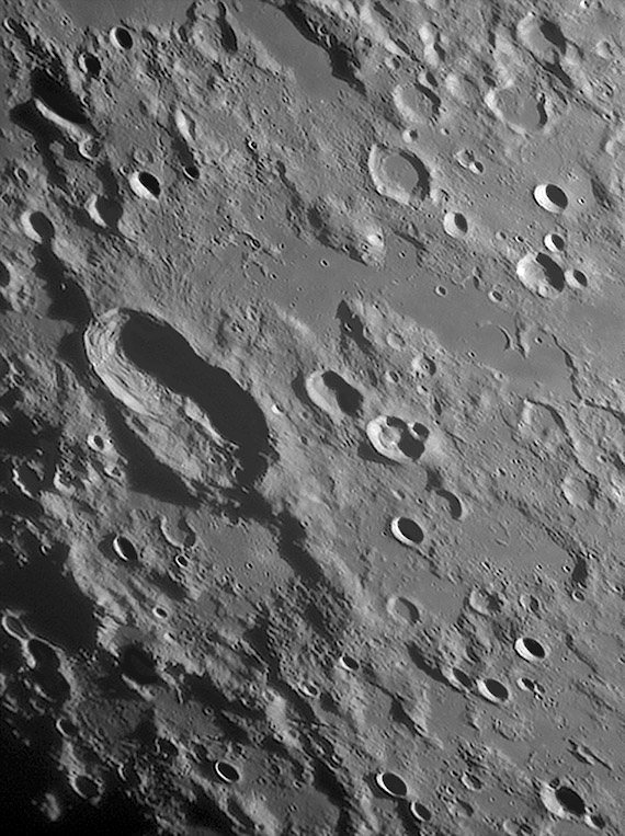 MoonLacusTimoris022707.jpg